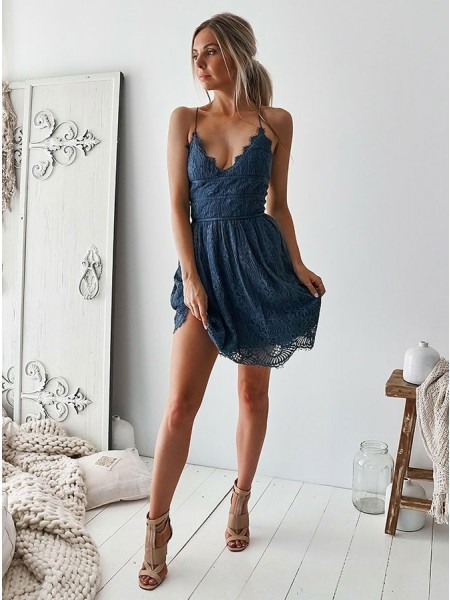 A-Line/Princess Lace Ruffles V-neck Sleeveless Short/Mini Dresses