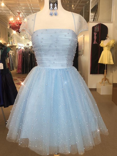 A-Line/Princess Tulle Strapless Short Sleeves Beading Short/Mini Dresses