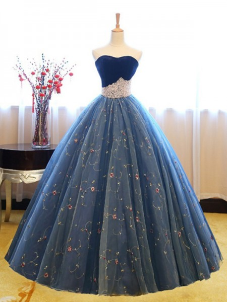 Ball Gown Sleeveless Sweetheart Floor-Length Beading Net Dress