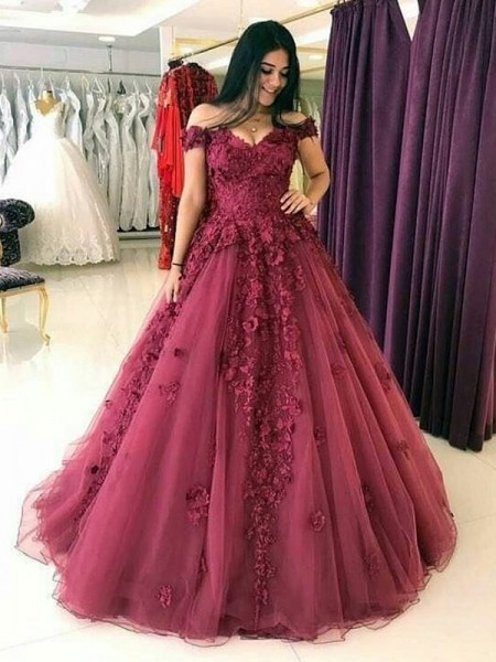 Ball Gown Sleeveless Sweep/Brush Train Off-the-Shoulder Applique Tulle Dress