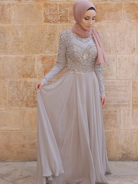 A-Line/Princess Scoop Long Sleeves Sweep/Brush Train Crystal Tulle Muslim Dress