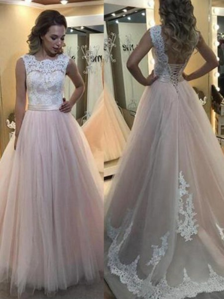 A-Line/Princess Bateau Sleeveless Sweep/Brush Train Tulle Dresses with Lace