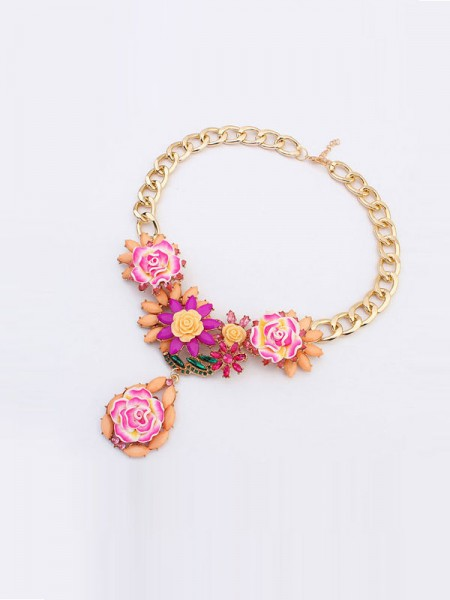 Occident Fashionable Retro Temperament Flowers Necklace