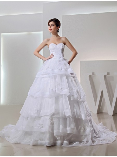 Ball Gown Long Organza Sweetheart Applique Wedding Dress