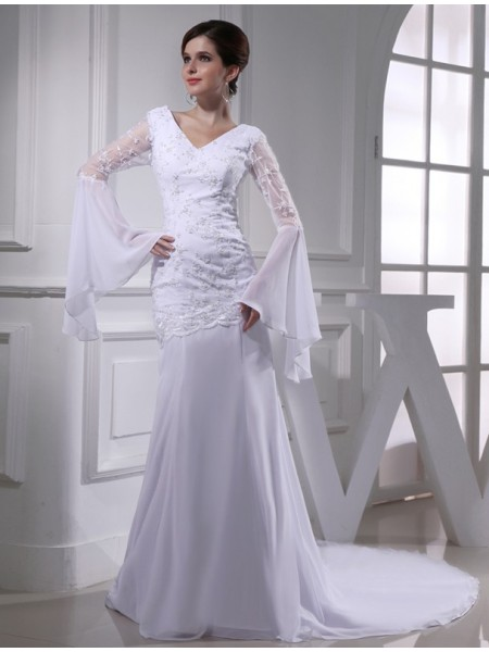 Trumpet/Mermaid V-neck Chiffon Long Wedding Dress