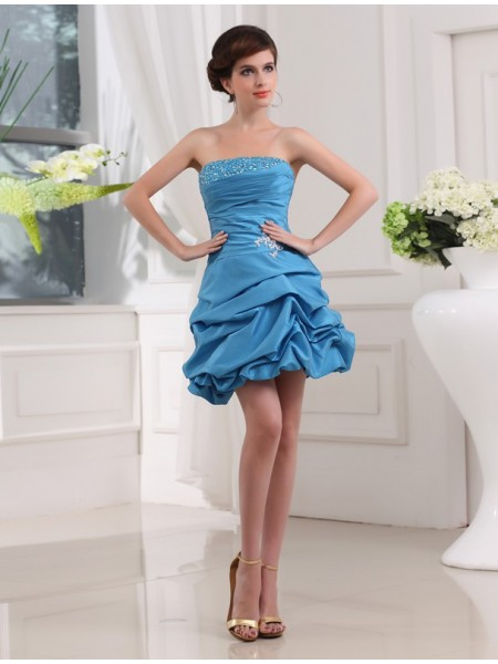 A-Line/Princess Strapless Taffeta Cocktail Dress