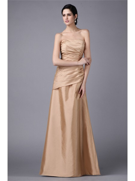 Sheath/Column Strapless Pleats Long Taffeta Dress