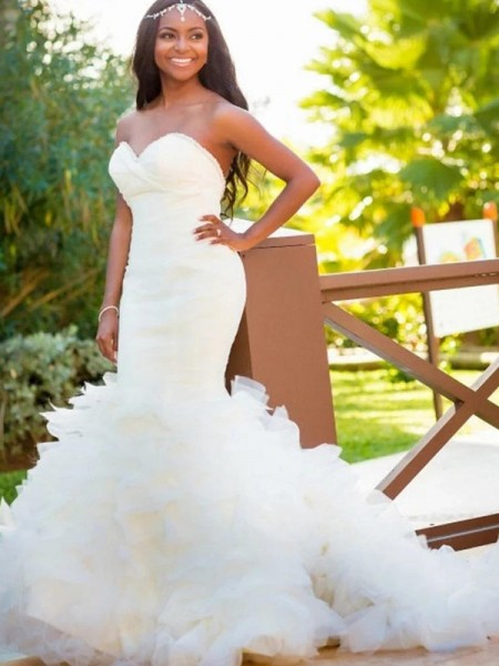 Trumpet/Mermaid Sleeveless Sweetheart Court Train Organza Wedding Dresses