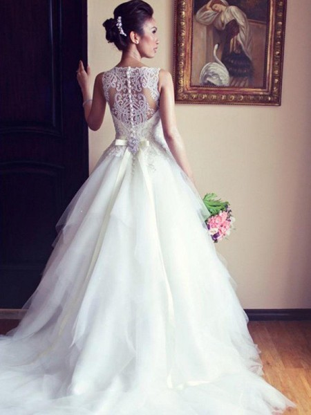 A-Line/Princess Sleeveless Lace Tulle Scoop Chapel Train Sash/Ribbon/Belt Beading Applique Wedding Dresses
