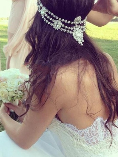 A-Line/Princess Sweetheart Sleeveless Tulle Lace Court Train Wedding Dresses