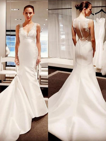 Trumpet/Mermaid V-neck Satin Applique Sleeveless Court Train Wedding Dresses