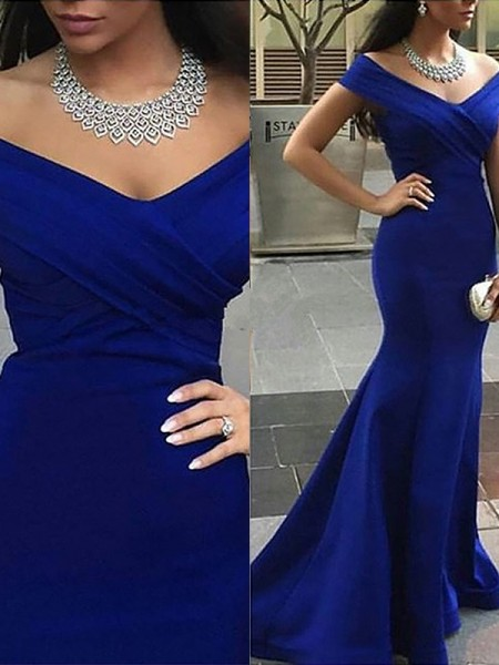 Trumpet/Mermaid Off-the-Shoulder Satin Sweep/Brush Train Dress