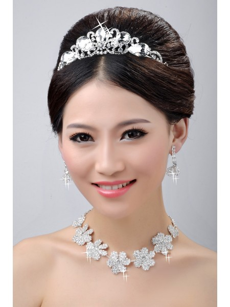 Stunning Wedding Headpieces Necklaces Earrings Set
